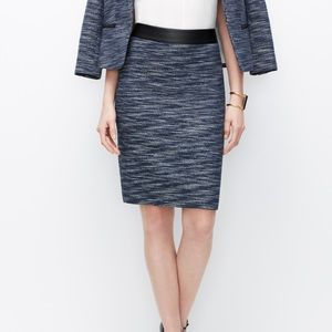 ANN TAYLOR   Tweed Pencil Skirt w/Leather Belt   6
